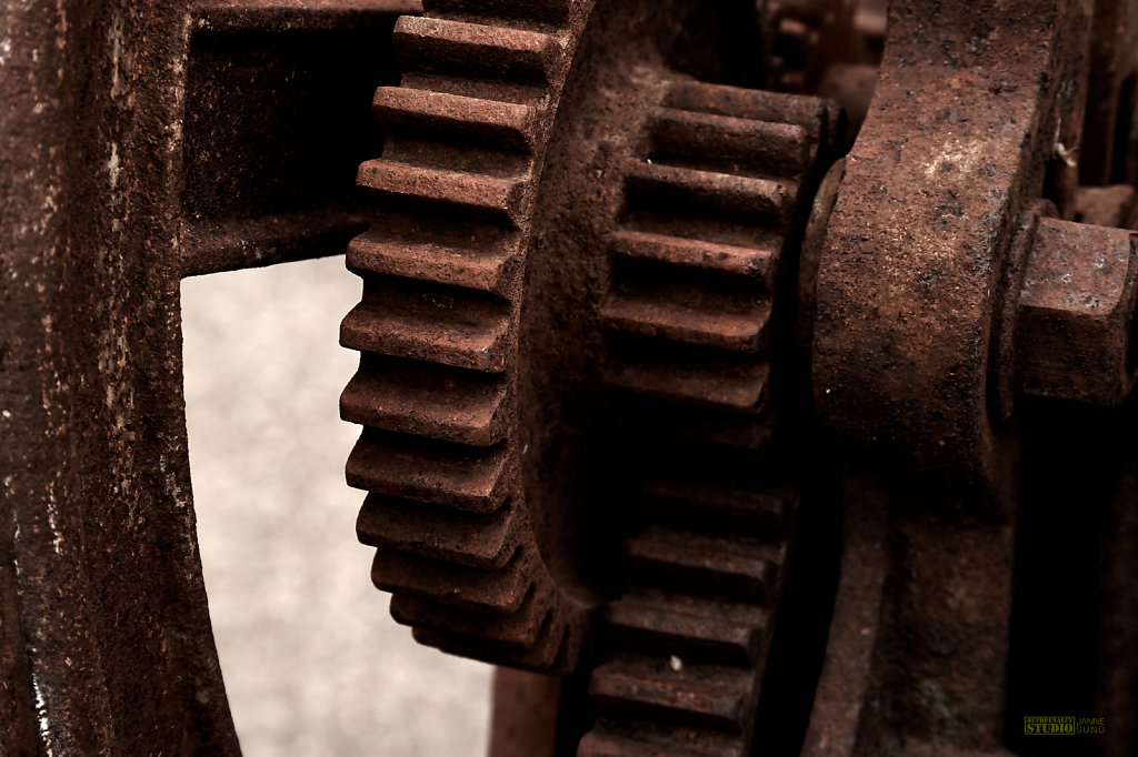 Rusty-Machinery.jpg