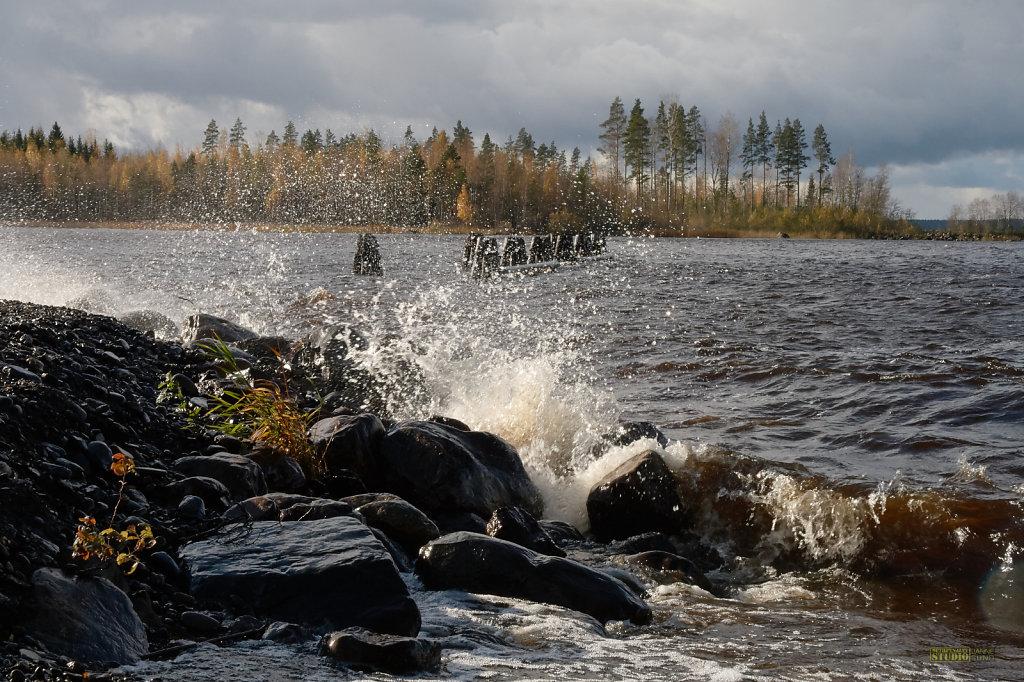 Stormy-Lakeside.jpg